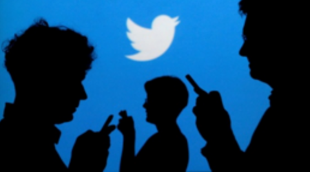 texting and tweeting instant gratification behavior in humans